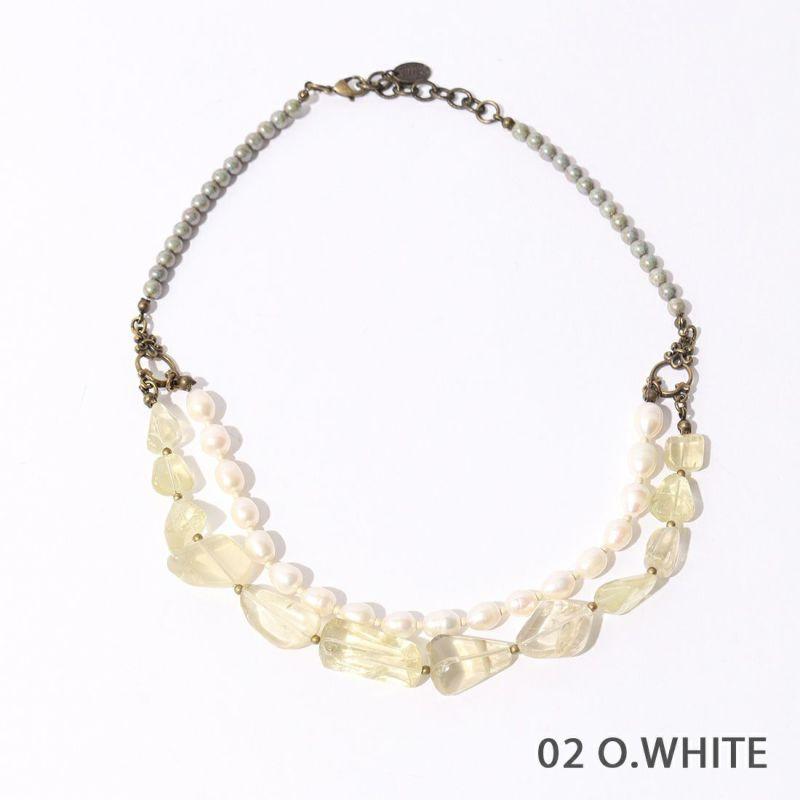 02 O.WHITE