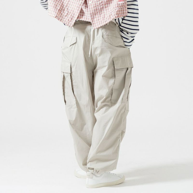 Jeans Factory Clothes [ジーンズファクトリークローズ] N/Cワイドカーゴパンツ [JFC-212-032] 64 GRY &&モデル身長:175cm 着用サイズ:L&&