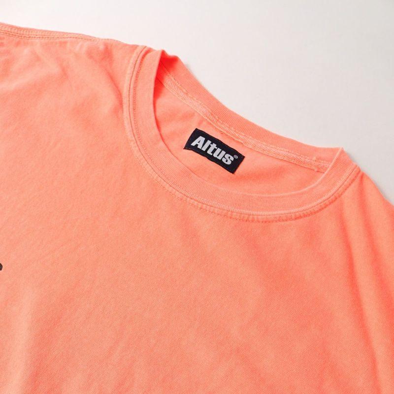 ALTUS Mountain Gear [アルタスマウンテンギア] 別注 ランダムロゴプリントTシャツ [AT-21SS-IN-SS010] ORANGE