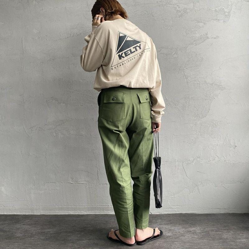 KELTY [ケルティ] 別注 バックプリント ビッグロングスリーブTシャツ [KB-212-53002-JF] サンドベージュ &&モデル身長:163cm 着用サイズ:S&&