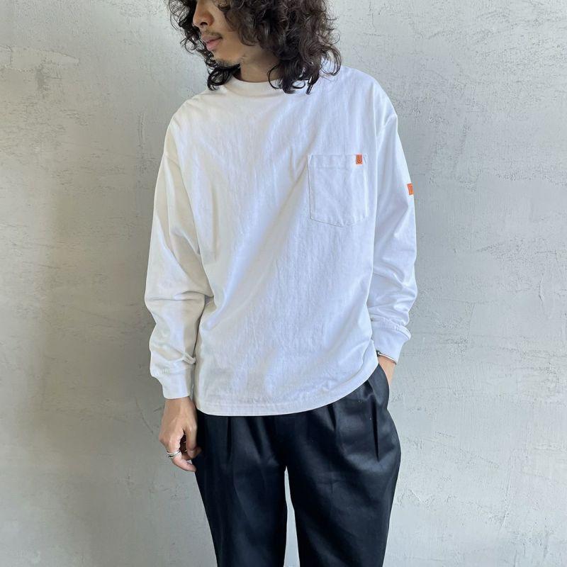 UNIVERSAL OVERALL [ユニバーサルオーバーオール] 別注 ポケット付きロングスリーブTシャツ [U213215IN-JF] WHITE&&モデル身長:173cm 着用サイズ:M&&