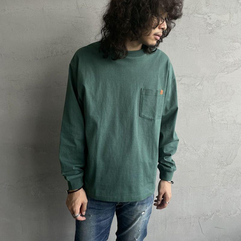 UNIVERSAL OVERALL [ユニバーサルオーバーオール] 別注 ポケット付きロングスリーブTシャツ [U213215IN-JF] MOSSGREEN&&モデル身長:173cm 着用サイズ:M&&