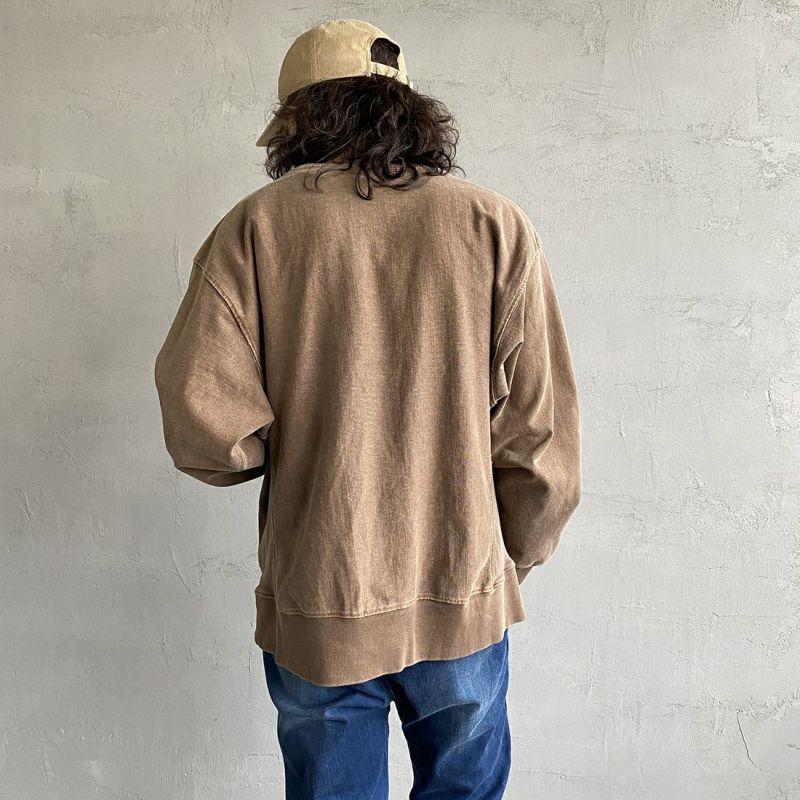 SCREEN STARS [スクリーンスターズ] 別注 カレッジプリント ピグメント ロングスリーブTシャツ [2123-423INPT-JF] BEIGE&&モデル身長:173cm 着用サイズ:L&&