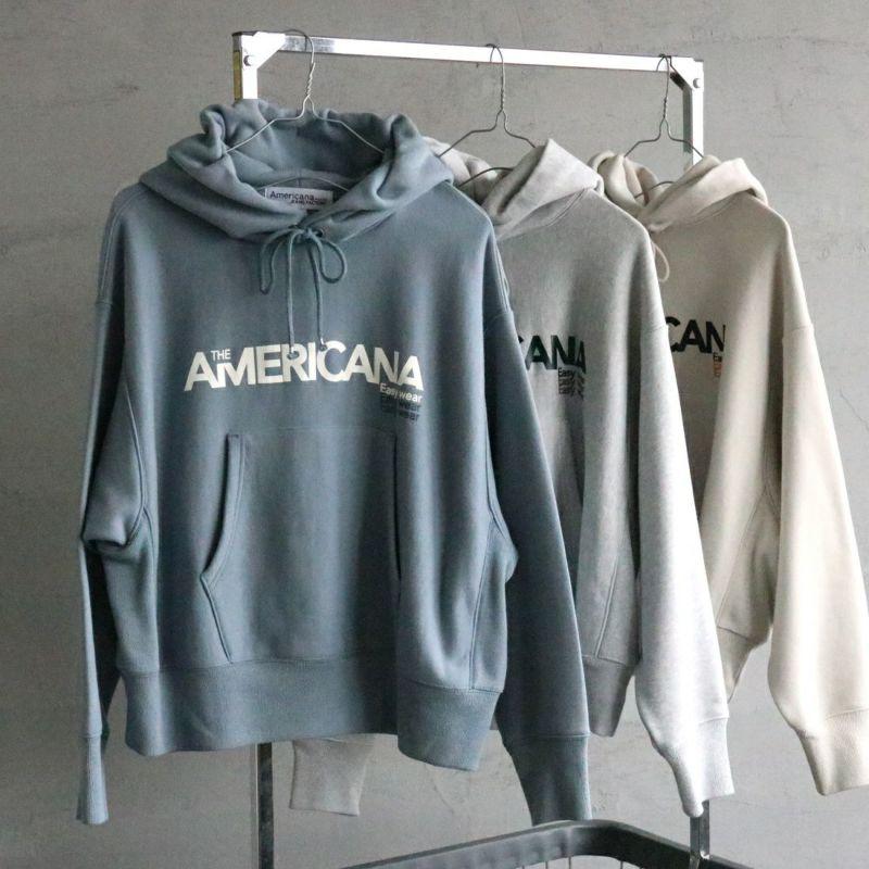 Americana × JEANS FACTORY [アメリカーナ × ジーンズファクトリー] 別注 フロントロゴ スウェットパーカー