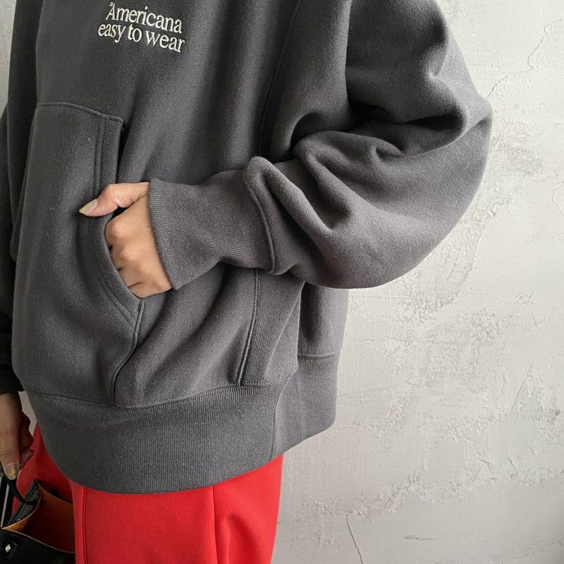 Americana × JEANS FACTORY [アメリカーナ × ジーンズファクトリー] 別注 ロゴ刺繍スウェットパーカー [ASO-M-494-2-JF] スミクロ