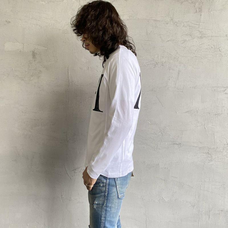 1PIU1UGUALE3 [ウノ ピゥ ウノ ウグァーレ トレ] スパンコールビッグロゴ長袖Tシャツ [UST-21039] WHITE&&モデル身長:173cm 着用サイズ:M&&