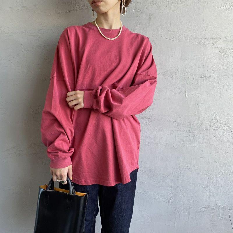 THE SHINZONE [ザ シンゾーン] ミリタリーバックプリントTシャツ [21AMSCU15] 24 RED&&モデル身長:158cm 着用サイズ:F&&