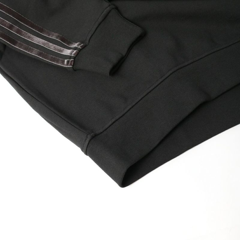 adidas Originals [アディダス オリジナルス] ベルベット ストライプ&トレフォイルリベット付きコージー オーバーサイズパーカー [H18039] ブラック