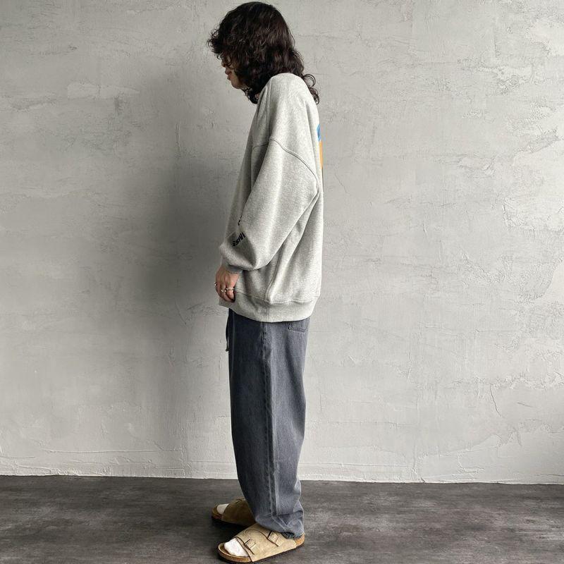CHUMS [チャムス] 別注 バックサークルロゴプリント クルーネックスウェット [CH00-1343-JF] GRAY&&モデル身長:173cm 着用サイズ:XL&&