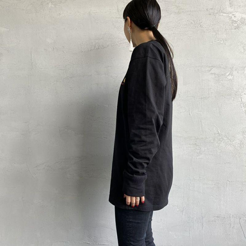 ccarhartt WIP [カーハートダブリューアイピー] ロングスリーブアメリカンスクリプトTシャツ [I029955] BLACK&&モデル身長:156cm 着用サイズ:S&&